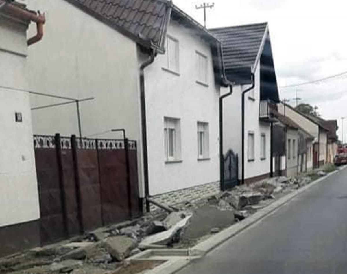 PRIVREMENA REGULACIJA PROMETA U ULICI BISKUPA J. ĆOLNIĆA